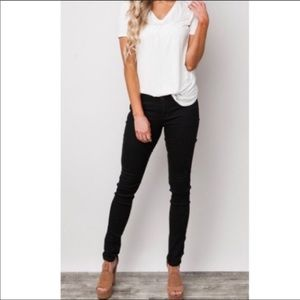 Pants - Black stretch skinny pants